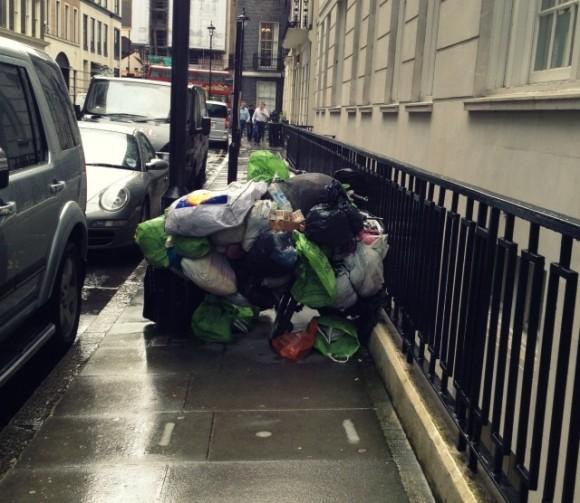 London Regulars: The Bag Bike on the Strand