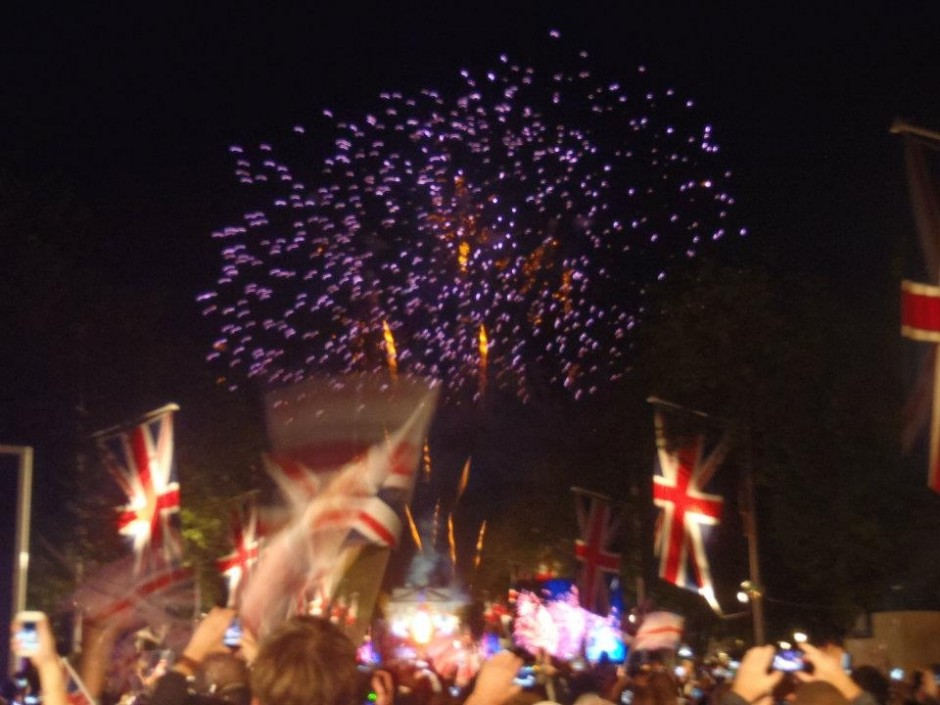 Crowds and fireworks at the Queen's Jubilee, London 2012